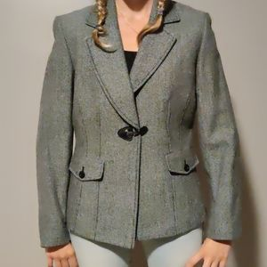 Fitted Toggle Button Blazer